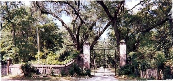 Tue, May 11, 1999       River Road Entrance as abandoned by Fenwick Hospital.  The plantation was left alone   again to the ghost...  photo courtesy Carol Dawn