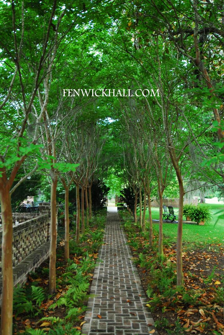 ENGLISH FORMAL GARDENS, CREPE MYRTLE ALLEY, CHARLESTON HOT PHOTO SHOOTS, CASTLES, KIAWAH GHOST,